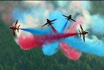 Beautiful photography of airplane aerobatic show / Airplane aerobatic show