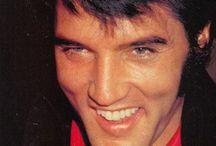 Elvis Presley / by MariCarmen Moreno Garcia