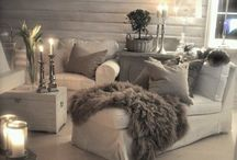 Lounge / White and medium grey lounge, with silver accessories.