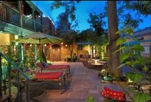 B&B Courtyards / Bed and Breakfast Blogging presents the beautiful courtyards found at elegant bed and breakfast inns.  http://www.bedandbreakfastblogging.com/