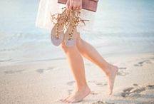 ►Görtz◀ Karibik-Feeling / Ob am Strand oder in der City wir bieten Euch die aktuellsten Zehentrenner-Trends in modischen Metallic-Looks, mit hellen Sommerfarben oder in klassischem Braun. Die neuen Highlights mit femininen Perlen oder edlen Steinen verleihen bereits in der City Strandfeeling -  Für unendliche Glücksmomente in dem Sommer.