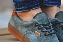 Complements* / Shoes, Bags & Cool Stuff / by Cris Picazo