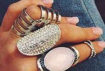 Jewels / Accessories