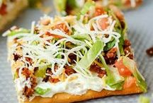 Dinner Recipes / A way to make recipes accessible to you. Dinner recipes, dinner party recipes, Mediterranean, Asian, Mexican, easy on the go recipes, healthy dinner recipes, gluten free recipes, vegetarian recipes, dinner on a budget. #dinner #food #recipes