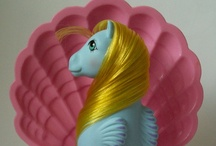 Over the Rainbow - Throughout the G1 Years / My Little Pony G1.  Original ponies and merchandise.  I noticed I was posting mostly G1 here, so I moved the others to a new board. If you are new to the community I recommend joining the MLP Arena!http://mlparena.com/index.php?action=forum