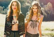 Native, Boho, 70's / I can't get enough of the laid back and somewhat mismatched bohemian style! It's both earthy and luxurious. I must find more!