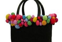 Sew many bags.... / Leuke patronen en stofideeën voor tassen / by Ingeborg Hoogenberg