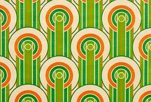 wall papers / ornaments and screaming colors
