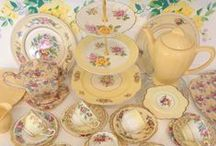 Dinner Sets/Tableware/Tea Sets/TeaPots/ Coffee Pots/Tablescape Old & New