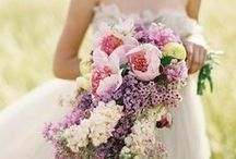 Spike That Bouquet / Get some ideas for an interesting, colorful bouquet right here.