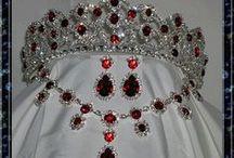 Royal Crown Jewels/ Gems/Jewellery & Royal Treasures