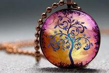 bijoux colliers et pendentifs
