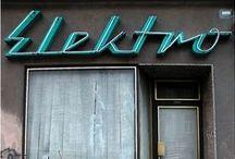 Typo / Typo Buchstaben Reklame Typolove Signs