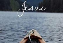 ...Jesus / Uma coleção onde eu reúno imagens e frases que quando eu leio, me fazem lembrar de Jesus.