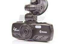 Sportovní kamery a kamery do auta / Outdoorové kamery na helmu, kolo / motorku a kamery do auta (černé skříňky) s GPS modulem