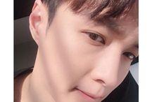 EXO- Zhang Yixing