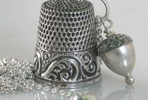 ♥antique thimble&case&holder♥ / WELCOME