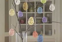 Easter Crafts for Children / A selection of Easter crafts and activities for little ones. #Eastercrafts #Easteractivities