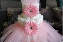 Baby Girl Shower Decorations / Celebrate the arrival of your sweet baby girl and find inspiration with this collection of baby girl shower decorations.  Discover baby shower games, cake ideas, decoration ideas, and more.