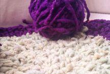 Fulanas / Crochet, knitting, yarnbombing feminist activism