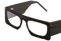 Le Concours 2010 / Thème : Une vie de lunettes.   Président du jury : 5.5 Designers (Vincent Baranger, Jean-Sébastien Blanc, Anthony Lebossé et Claire Renard)