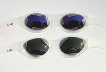 Le concours 2000 / Thème : Reflet d'une personnalité Une personnalité vous étonne, vous fascine, créez les lunettes qui soient l'expression de son identité, sa culture, son style de vie …   Président du jury : Matali Grasset – Designer, France