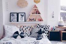 K I D S // floor bed