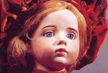 Dolls : french / A. Marque