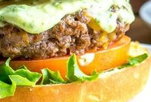 Burger Recipes / I'm pinning my favorite burger recipes! You'll find all kinds of burgers from beef to turkey and even healthy vegetarian and vegan burger recipes. There are burgers made in the oven and on the grill. Here are all the best burger recipes!
