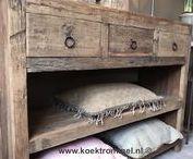 landelijke kasten / oude en nieuwe kasten in de landelijke sfeer