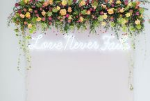 Pretty ceremony backdrops / With so many venues now licensed for ceremonies, you can have so much fun with a ceremony backdrop.... #ceremony #weddingceremony #ceremonybackdrop #ceremonyflowers