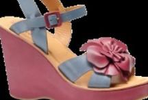 Shoes......mmmmm / by Mary Jo Giufre
