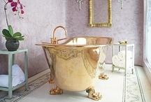 Home: Bathroom / by Christina Stephenson