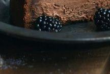 DESSERTS. / Desserts