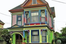 Colorful Bungalows, Foursquares, & Victorians / by Becky Fassler