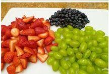 Vegetarian Food {Snacks} / by Angela Warf