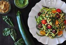Veg & Vegan recipes / by Vara Pappas