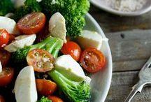 Vegetarian Food {Pasta & Salads} / by Angela Warf