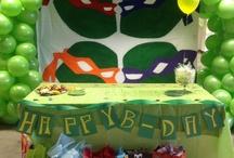 teenage mutant ninjas turtle party / #TMNT #NINJASTURTLE #BOYS IDEAS / by Jay' h