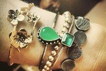 Pulseiras / Bracelets / Pulseiras em prata e ouro (dourado, branco ou rosé).