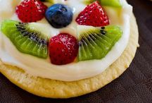 Desserts / Decadent desserts and healthier sweet alternatives / by Elizabeth Tran-Wong