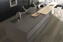 Kitchen Islands / A collection of our favourite kitchen island designs.