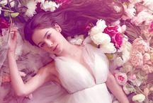 Regina di fiori / #floral #fashion #editorial #flowers #spring / by Fulvia Muntoni