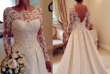 Wedding dresses / by Taylor Richardson