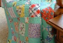 Quilts...Oh So Pretty! / I just love quilts...new ones, old ones...it doesn't matter.  They all tell a story.