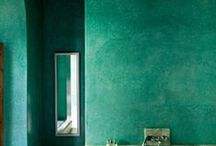 G o r g e o u s  G r e e n / Green coloured decor
