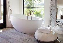 B a t h r o o m  Luxe / beautiful bathrooms, basins,showers and bathroom storage