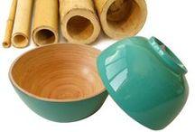 Ciotole in Bambù / Ciotole in Bambù arrotolato e pressato. Le vernici e le lacche utilizzate non contengono piombo. Idonee per uso alimentare