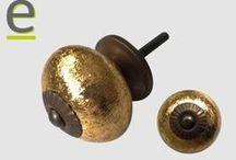 Pomelli di ceramica.... metallizzati??? / Pomelli indiani in ceramica. Decorazione oro e argento. Pomelli decisamente originali e differenti dal solito....