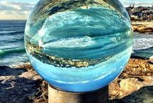 """Australia  - Sculptures by the Sea"""" / A yearly Exhibit of Sculptures b the Sea Sydney, Australia"""